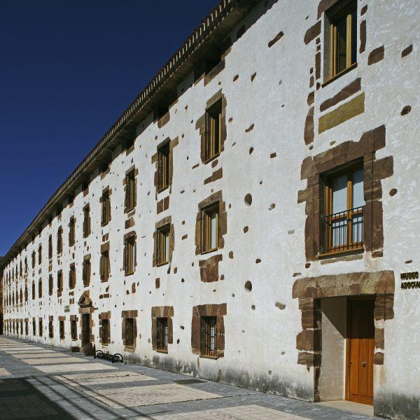 Ezcaray - Real Fábrica de Paños de Santa Barbara