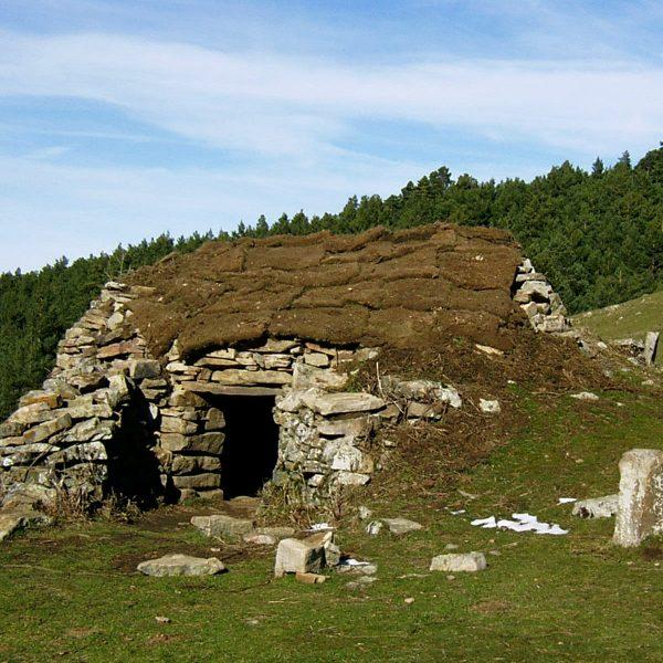 Cuevas y refugios en La Rioja